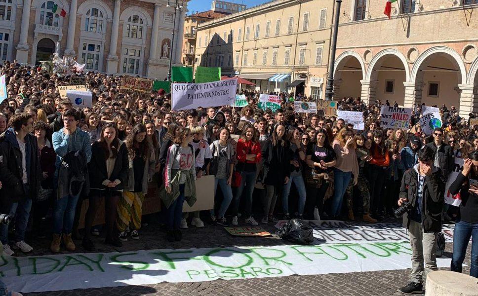 Fridays For Future 15 marzo. Le opinioni della piazza